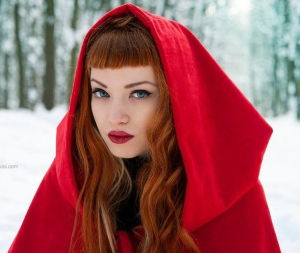 little_red_riding_hood_by_miss_bo-d5s374s2